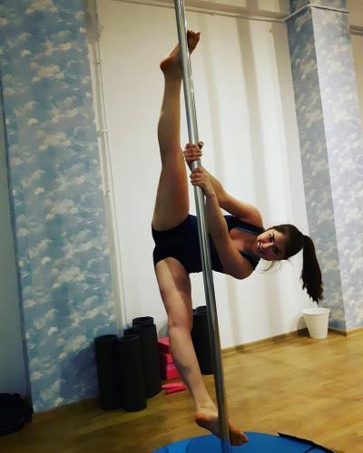 Skypole Dance Studio 158