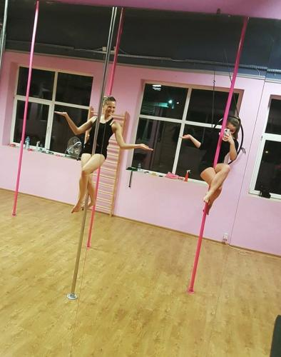 Cocoon Pole Dance Academy 498