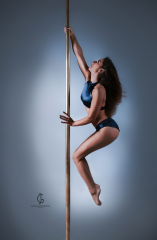 Pencil bended - Pole Dance