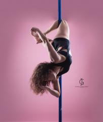 Bird - Pole Dance