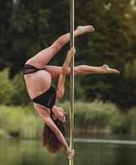 Handspring - Pole Dance